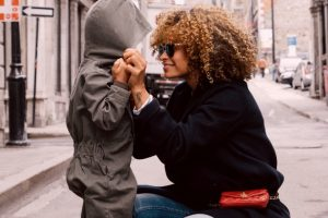 Good Parenting – Stay At Home Moms vs Working Moms